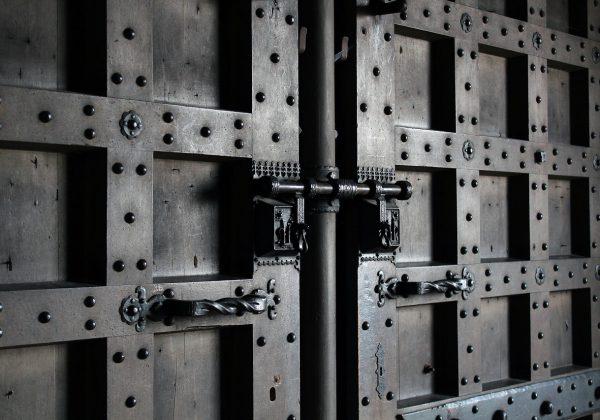 Drzwi wejściowe – jak wybrać?
